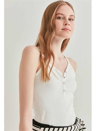 Vitrin VİTRİN Yaka Çıtçıt Detaylı Askılı Bluz Ekru